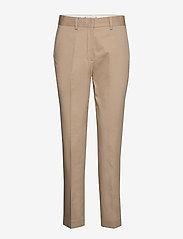 Tommy Hilfiger - TH ESS COTTON TENCEL SLIM CHINO - straight leg trousers - beige - 0