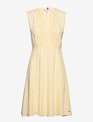 Tommy Hilfiger - DANEE DRESS SS - midi dresses - posy prt / sunray - 1