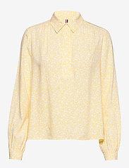 Tommy Hilfiger - DANEE HALF PLACKET BLOUSE LS - long sleeved blouses - posy prt / sunray - 0