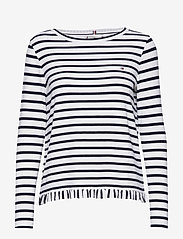 Tommy Hilfiger - TANJA RELAXED BOAT-N - striped t-shirts - breton stp / desert sky - whit - 0