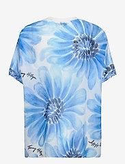 Tommy Hilfiger - ABO GIANT DAISY TSHIRT - t-shirts - sweet blue/multi - 1