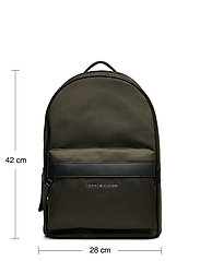 Tommy Hilfiger - ELEVATED NYLON BACKPACK - backpacks - camo green - 6