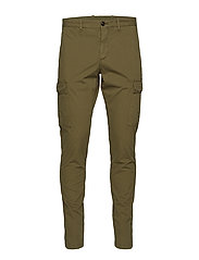 DENTON CHINO CRISPY STR CARGO GMD - IVY GREEN