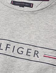 Tommy Hilfiger - CORP HILFIGER TEE - kortermede t-skjorter - medium grey heather - 3