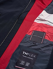 Tommy Hilfiger - FLEX HOODED BLOUSON - light jackets - desert sky - 7