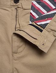 Tommy Hilfiger - JOHN CARGO SHORT LIGHT TWILL - cargo shorts - beige - 3