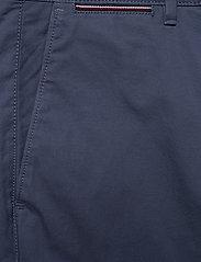 Tommy Hilfiger - BROOKLYN SHORT LIGHT TWILL - chinos shorts - faded indigo - 2