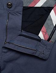 Tommy Hilfiger - BROOKLYN SHORT LIGHT TWILL - chinos shorts - faded indigo - 3