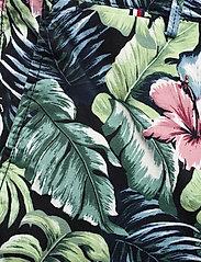 Tommy Hilfiger - BROOKLYN SHORT AO PRINT - casual shorts - floral print green - 2