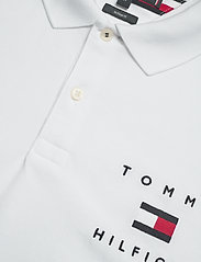 Tommy Hilfiger - TOMMY FLAG HILFIGER REG POLO - polos à manches courtes - white - 2