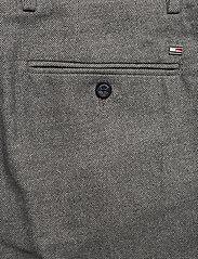 Tommy Hilfiger - DENTON CHINO WOOL LOOK FLEX - suit trousers - beige - 4