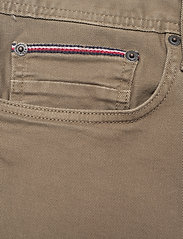 Tommy Hilfiger - STRAIGHT DENTON STR COLOUR - slim jeans - faded military - 2