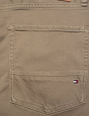 Tommy Hilfiger - STRAIGHT DENTON STR COLOUR - slim jeans - faded military - 4