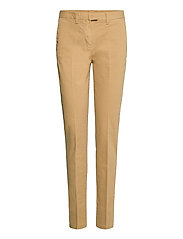 HERITAGE SLIM FIT CHINO - CLASSIC CAMEL
