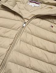 Tommy Hilfiger - TH ESSENTIAL LW DWN - down- & padded jackets - surplus khaki - 3