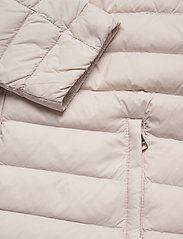 Tommy Hilfiger - TH ESSENTIAL LW DWN - down- & padded jackets - vintage white - 4