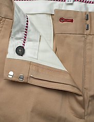 Tommy Hilfiger - TH ESS COTTON TENCEL SLIM CHINO - straight leg trousers - beige - 3