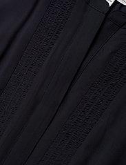 Tommy Hilfiger - DANEE DRESS SS - midi kjoler - desert sky - 2
