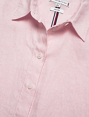 Tommy Hilfiger - TH ESSENTIAL PENELOP - short-sleeved shirts - frosted pink - 2