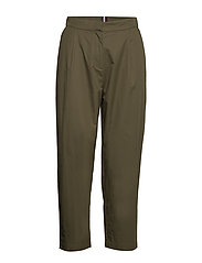 COTTON POPLIN TAPERED PANT - ARMY GREEN