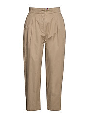 COTTON POPLIN TAPERED PANT - BEIGE