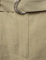 Tommy Hilfiger - TENCEL TWILL WIDE LEG CR PANT - wide leg trousers - surplus khaki - 2