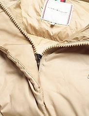 Tommy Hilfiger - REDOWN COAT - padded coats - beige - 4