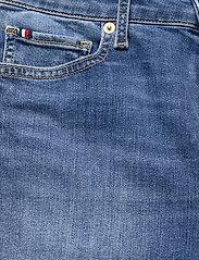 Tommy Hilfiger - TH FLEX VENICE SLIM RW IZZY BERM - jeansshorts - izzy - 2