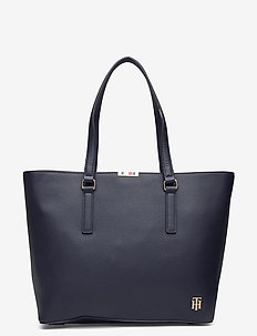 SAFFIANO TOTE - shopperit - sky captain