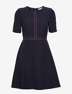 ANGELA DRESS SS - korte jurken - desert sky