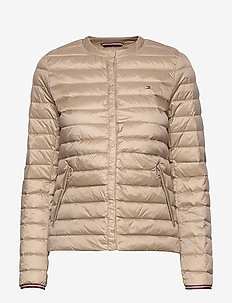 BELLA LW DOWN COLLARLESS JKT - down- & padded jackets - medium taupe