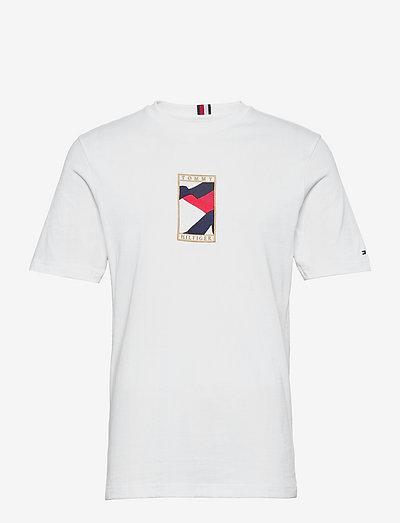 ICON FLAG TEE - lyhythihaiset - white