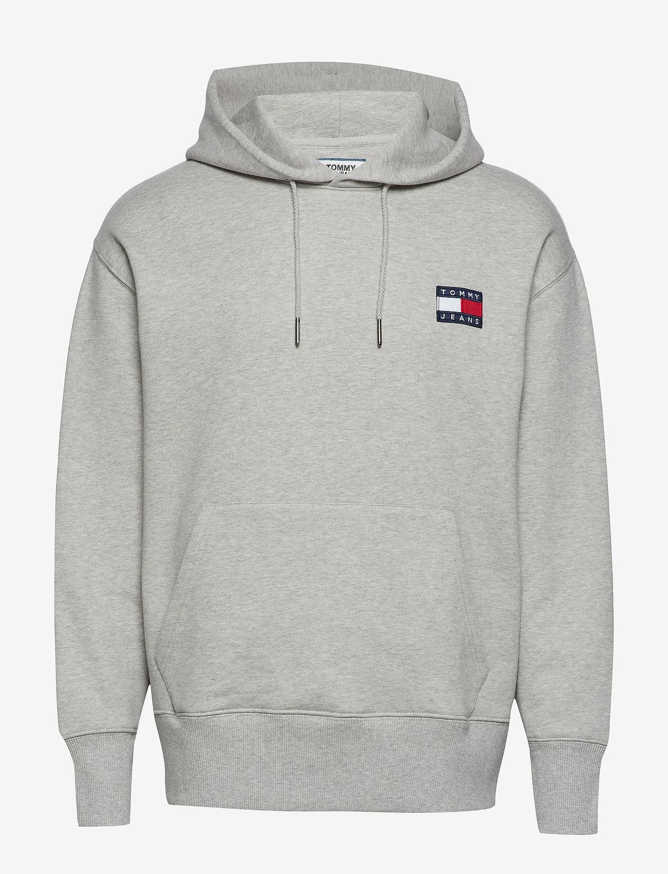Tommy Jeans - TJM TOMMY BADGE HOODIE - hoodies - light grey htr - 0
