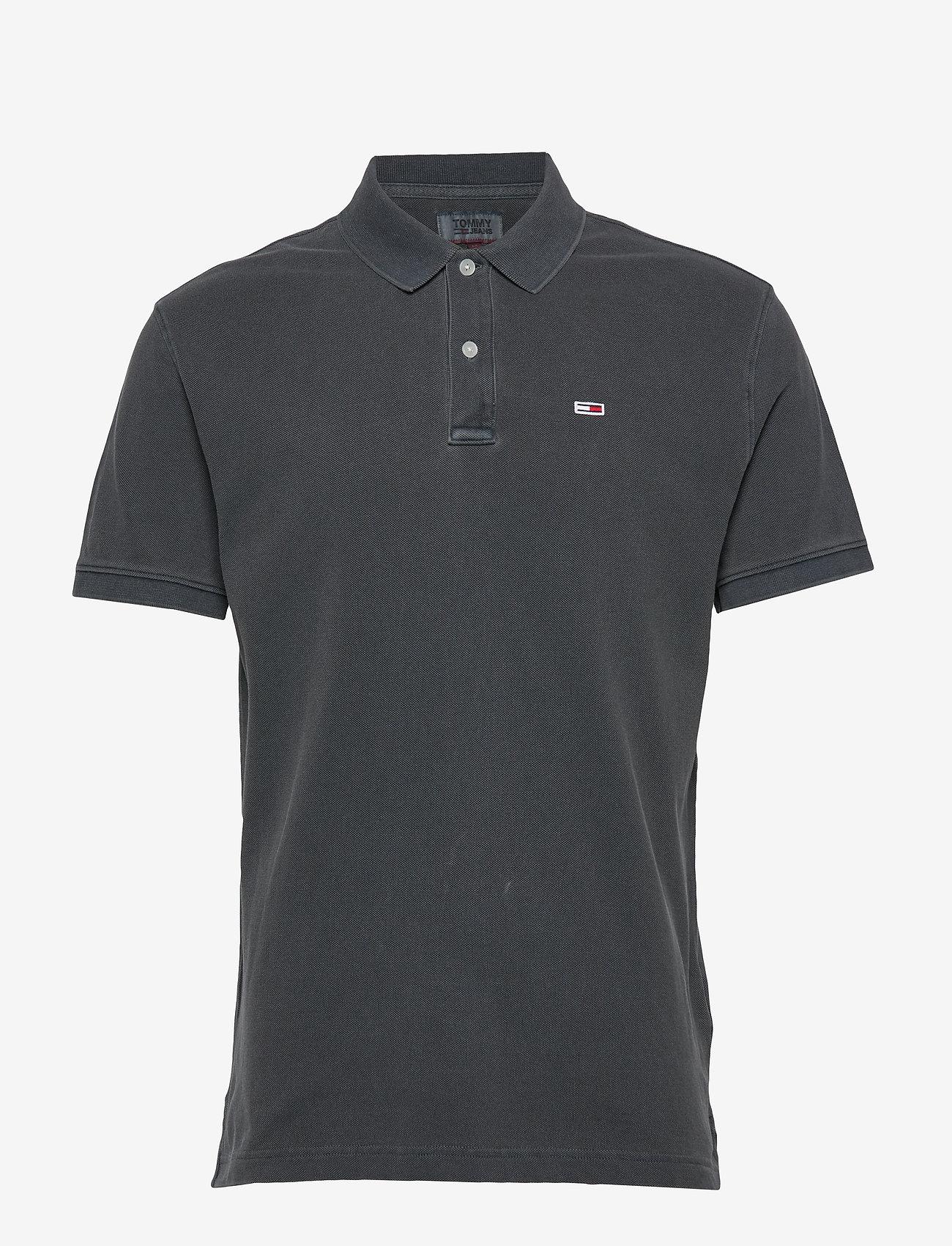 Tommy Jeans - TJM GARMENT DYE POLO - short-sleeved polos - black - 0