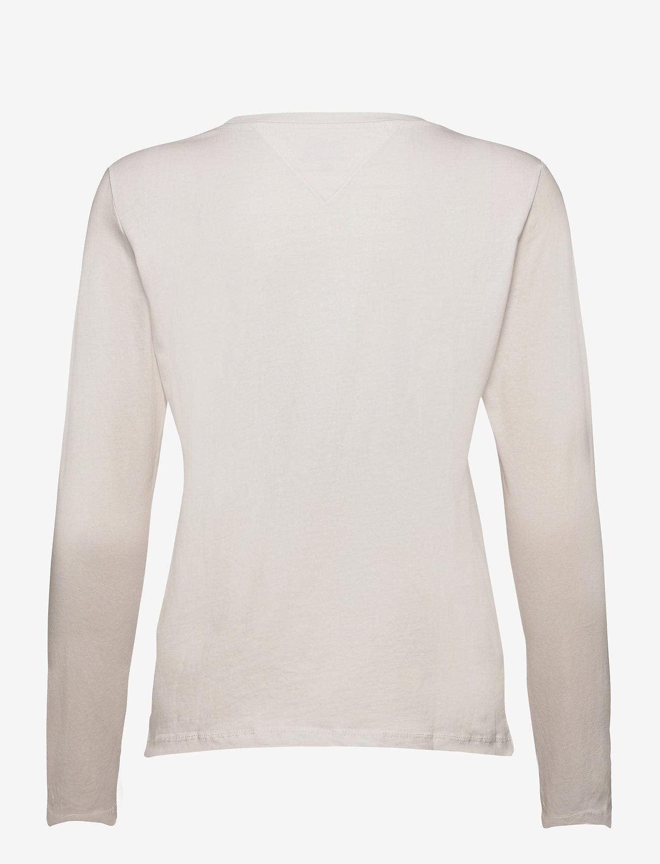Tommy Jeans - TJW ESSENTIAL LOGO LONGSLEEVE - långärmade toppar - white - 1