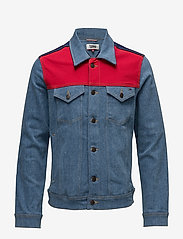 Tommy Jeans - TJM CLASSIC TRUCKER JKT CBMBLCO - denim jackets - color block mid blue comfort - 0