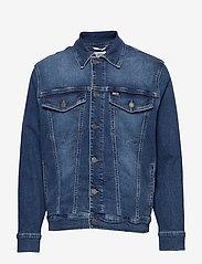 Tommy Jeans - OVERSIZED DENIM TRUCKER BDFM - denim jackets - bedford mid bl com - 0