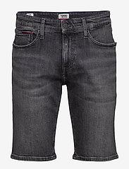 Tommy Jeans - SCANTON SLIM SHORT C - denim shorts - court bk str - 0