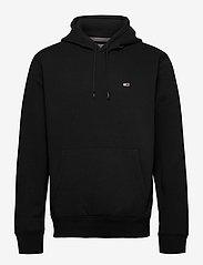 Tommy Jeans - TJM REGULAR FLEECE HOODIE - hoodies - black - 0