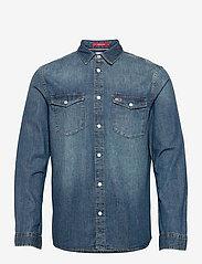 Tommy Jeans - TJM WESTERN DENIM SHIRT - basic skjortor - mid indigo - 0