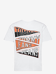 Tommy Jeans - TJM BACK GRAPHIC TEE C - basic t-shirts - white - 1