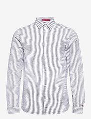 Tommy Jeans - TJM SEERSUCKER STRIPED SHIRT - linneskjortor - twilight navy / white - 0