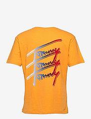Tommy Jeans - TJM TOMMY REPEAT SCRIPT TEE - kortärmade t-shirts - florida orange - 1