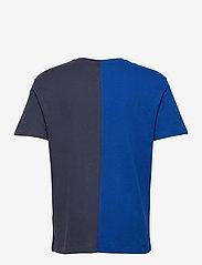 Tommy Jeans - TJM HALF N HALF LINEAR LOGO TEE - basic t-shirts - cobalt / twilight navy - 1