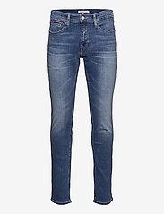 Tommy Jeans - SCANTON SLIM AE136 MBS - slim jeans - denim medium - 0