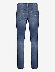 Tommy Jeans - SCANTON SLIM AE136 MBS - slim jeans - denim medium - 1