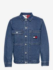 Tommy Jeans - BOXY SHIRT JACKET AE731 SVMBR - denim jackets - denim medium - 0