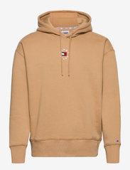 Tommy Jeans - TJM TINY TOMMY CIRCULAR HOODIE - hoodies - classic khaki - 0