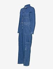 Tommy Jeans - TJW REGULAR JUMPSUIT MCMD - buksedragter - mec mid bl rig - 5