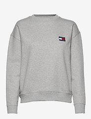 Tommy Jeans - TJW TOMMY BADGE CREW - sweatshirts - lt grey htr - 0